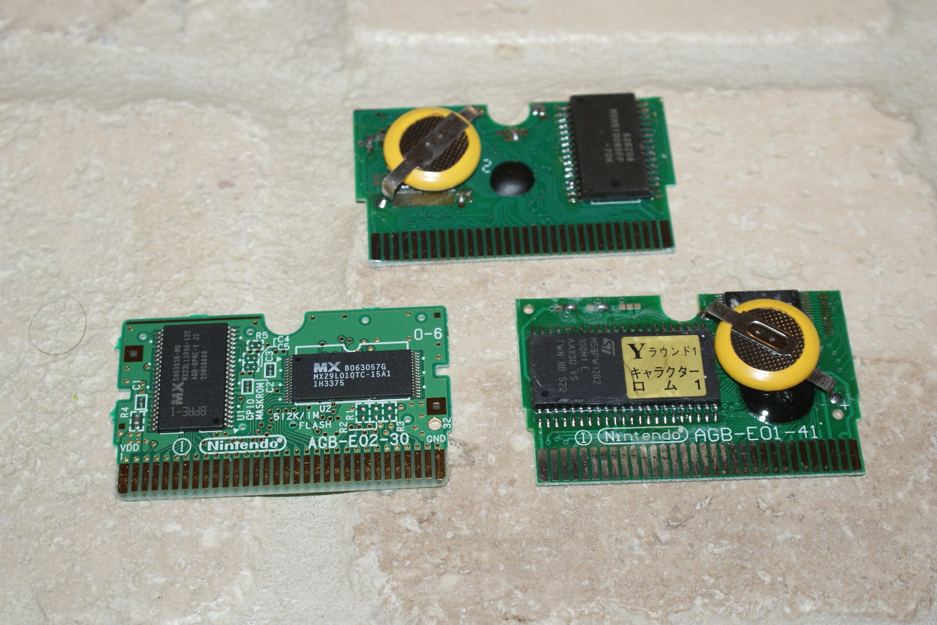 Identifying Fake Game Boy Advance Gba Games Justin Paulin Posts With Printed Circuit Boards Label Front Bottom Left Is Real